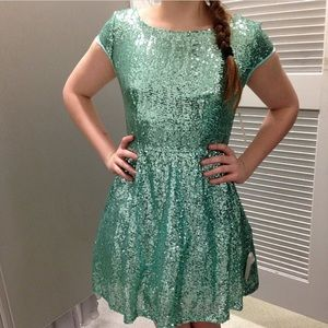 Dresses & Skirts - Teal sparkly homecoming dress